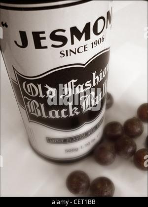 Jesmonds Old Fashioned Black Bulls tin Sheffield 1906 - Stock Image