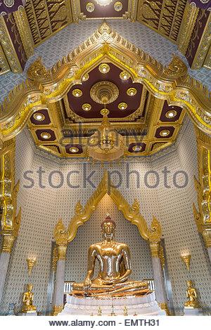 The Golden Buddha (Phra Phuttha Maha Suwan Patimakon), the world's largest solid gold statue - Wat Traimit  - Stock Image