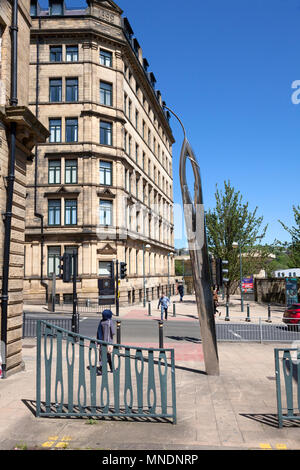 'Connecting the City' sculpture of silver needle and thread, Bradford, West Yorkshire - Stock Image