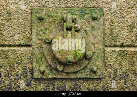 Thames wall detail on Bermondsey Beach, London, England, United Kingdom - Stock Image