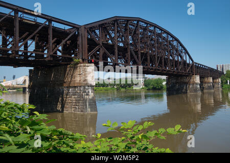 The Fort Wayne Railroad Bridge is a double-deck steel truss railroad bridge spanning the Allegheny River in Pittsburgh, Pennsylvania. - Stock Image