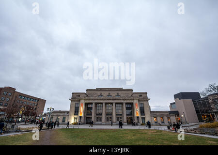 MONTREAL, CANADA - NOVEMBER 9, 2018: Train station of Gare Park Avenue Jean Talon train station. it used to belong to Canadian Pacific, and it was a f - Stock Image