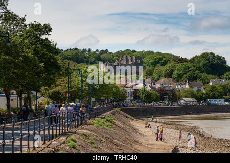 Mumbles Village Promenade & Oystermouth Castle, Gower, Wales, UK - Stock Image