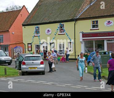 Burnham Market summer shoppers - Stock Image