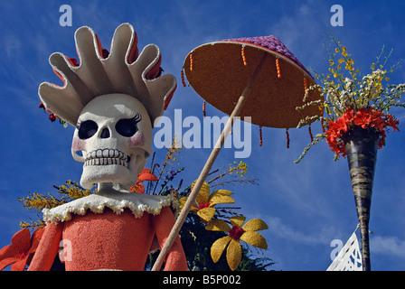 Pasadena CA, Los Angeles California, Santa Fe Springs Float Extraordinaire Trophy 'Celebration of Life Dia de - Stock Image