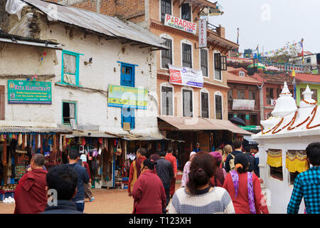 Visitors at  Bodnath stupa in Kathmandu, the largesrt in the world. - Stock Image