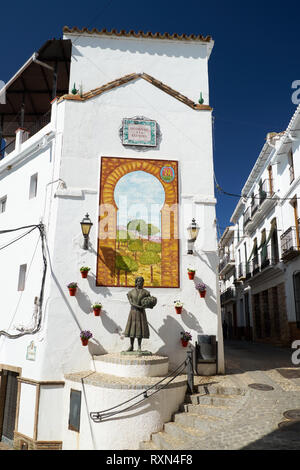 Homage to the worker woman (Homenaje a la faenera). Älora, Málaga province, Andalusia, Spain. - Stock Image