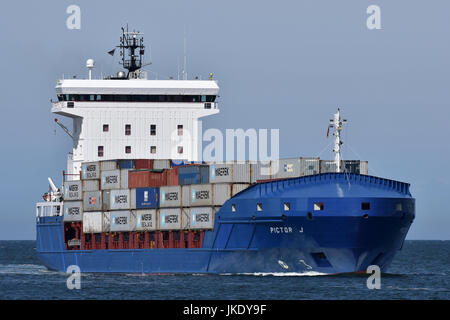 Feedervessel Pictor J - Stock Image
