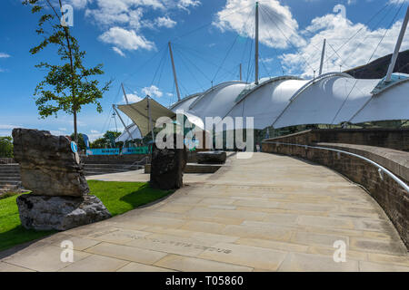 The Dynamic Earth Building (by Michael Hopkins and Partners. 1999), Holyrood, Edinburgh, Scotland, UK - Stock Image