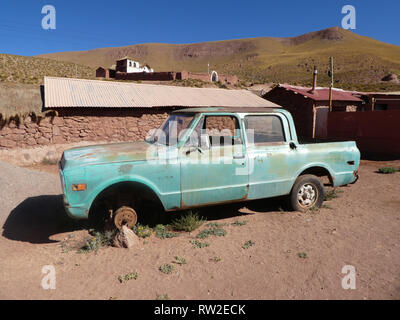 Abandoned Chevrolet pick up truck in Chile 2019 - Stock Image