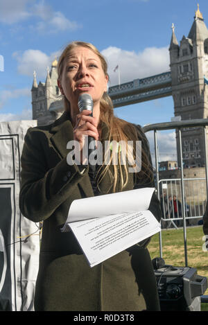 London, UK. 3rd November 2018. London Mayor Sadiq Khan was castigated by Green Party co-leader and London Assembly's Housing Committee chair Sian Berry for having fast-tracked approval for 34 demolition schemes by Labour councils in the weeks before a new policy insisting residents should have ballots was adopted, for allowing some schemes to go forward without a ballot, and for failing to insist that all residents were allowed to take part in such ballots.  Several hundred people, mainly from London's council estates under threat of demolition by Labour London councils came to a protest outsi - Stock Image