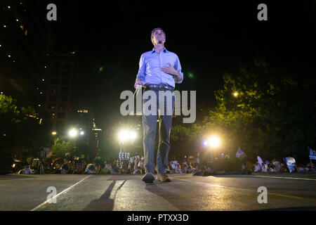Former Texas congressman Beto O'Rourke of El Paso kicks off his 2020 presidential campaign at a late-night rally in front of the Texas Capitol in Austin. - Stock Image