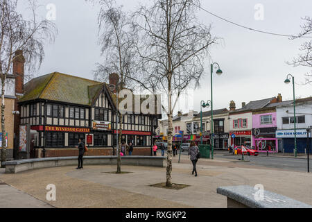 Shirley Precinct and Shirley High Street with the Windsor Castle pub in the Shirley district of Southampton, England, UK - Stock Image