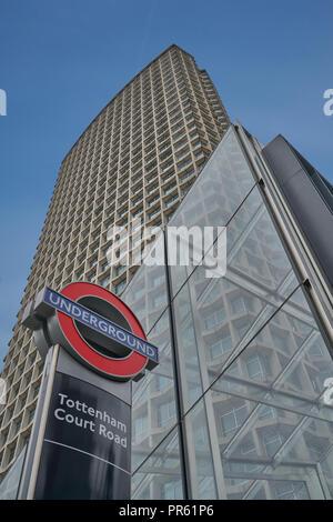 centre point.  Tottenham Court Road station - Stock Image