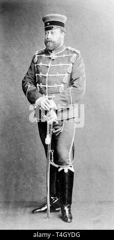 Photograph of Albert Edward, Prince of Wales wearing German military uniform, 1883 Reichard & Lindner - Stock Image