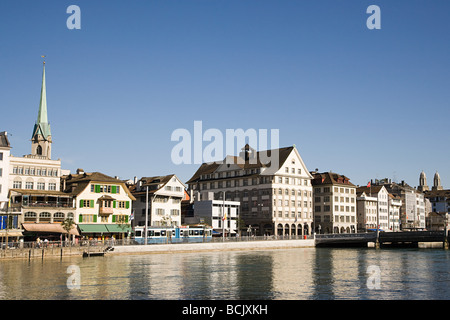 Architecture and the river limmat in zurich - Stock Image