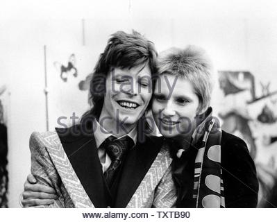 David Bowie and Angie Bowie Credit: 346606_Globe Photos/MediaPunch - Stock Image
