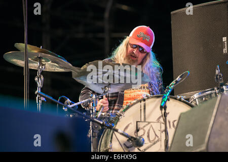 Southsea, Hampshire, UK. 24th August, 2014. Victorious Festival - Sunday, Southsea, Hampshire, England. The drummer - Stock Image