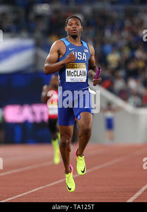 YOKOHAMA, JAPAN - MAY 12: Remontay McClain of the USA in the heats of the mens 4x200m relay during Day 2 of the 2019 IAAF World Relay Championships at the Nissan Stadium on Sunday May 12, 2019 in Yokohama, Japan. (Photo by Roger Sedres for the IAAF) - Stock Image