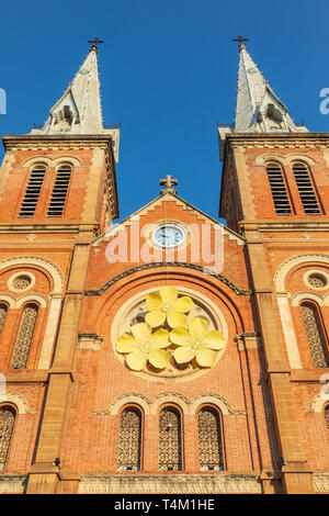 Detail of the twin square spires at Notre Dame Cathedral (1877 - 83) at the northwestern end of Dong Khoi. Ho Chi Minh city, Vietnam, Asia - Stock Image