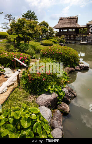 Shizuoka Tea Museum Garden - Tea Ceremony House Shoumokurou and Japanese Garden - The tea ceremony house Shoumokurou and its adjacent Japanese garden - Stock Image
