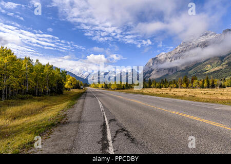Kananaskis Country as seen from the Smith-Dorrien Spray Lakes Trail  (Highway 742) near Canmore Alberta - Stock Image