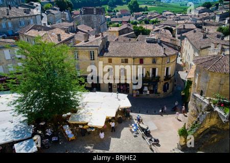 Town Square, Saint Emilion, Aquitaine, France - Stock Image