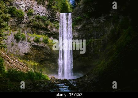 Hike to the Bottom of Brandywine Falls - Stock Image