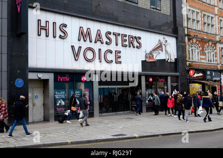 London, UK. 6th Feb, 2019. The Flagship HMV store on Oxford Street is closed down. Credit: Yanice Idir / Alamy Live News - Stock Image
