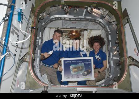 Expedition 27 Kondratyev Nespoli & Coleman Origami HTV2 - Stock Image