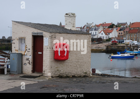 Harbour Master's Office in the Fife fishing port of St Monans - Stock Image