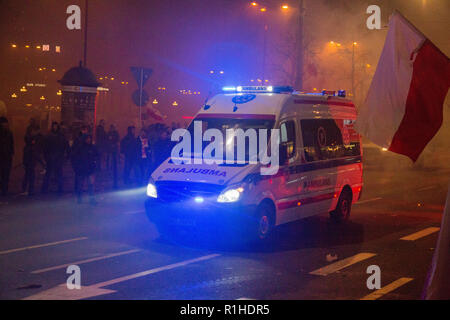 Warsaw, Poland, 11 November 2018: celebrations of Polish Independence Day, ambulance in action - Stock Image