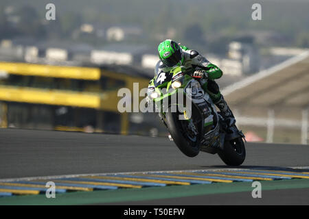 Le Mans, Sarthe, France. 19th Apr, 2019. Webike Tati Team Trickstar Kawasaki ZX 10R French rider KEVIN DENIS in action during the 42th edition of the 24 hours motorcycle of Le Mans at circuit Bugatti. Credit: Pierre Stevenin/ZUMA Wire/Alamy Live News - Stock Image