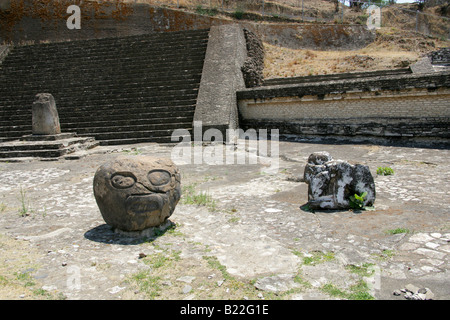 Alter and Artifacts on the Patio de los Altares, the Archaeological Excavations at the Great Pyramid of Cholula, - Stock Image