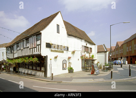 Tudor Tavern, George Street, St Albans, Hertfordshire, UK - Stock Image