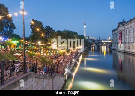 Berlin beach bar at Spree riverbank near Museum island , Strandbar Mitte , Berlin - Stock Image