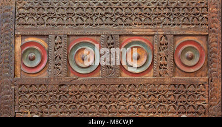 Mamluk era style wooden engraved panel decorated with floral and geometric patterns - Stock Image