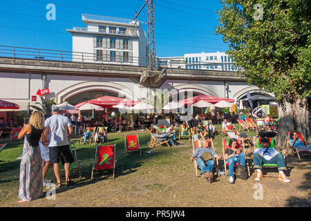 Berlin 2018 people spree siver summer - Stock Image