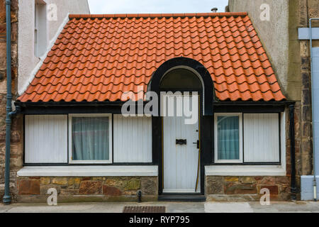 A small single storey house in the town of North Berwick, East Lothian, Scotland, UK - Stock Image