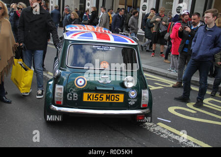 Regent Street, London 3 November 2018 - A vintage Mini Cooper at Regent Street. London's premier shopping destination was transformed into the country's biggest free-to-view motor show as Regent street was pedestrianised for the day's event on 3 November. The show included electric cars, to vintage and classic cars and attracted more than 500,000 visitors. Credit: David Mbiyu /Alamy Live News - Stock Image