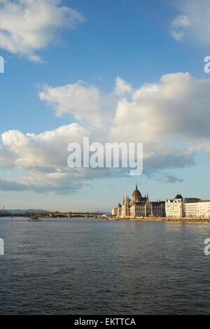 Budapest Parliament building viewed from the Chain Bridge - Stock Image