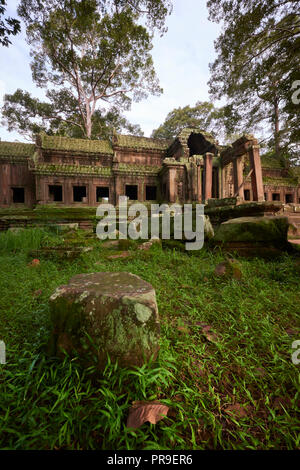 Ta Pech Entrance ruins in Angkor Wat. The Angkor Wat complex, Built during the Khmer Empire age, located in Siem Reap, Cambodia, is the largest religi - Stock Image