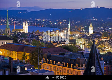 A view over beautiful Zurich at night - Stock Image