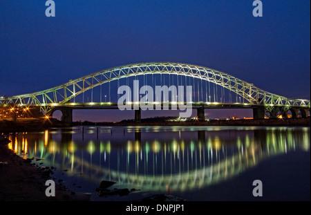 Widnes Runcorn Bridge in Evening Light - Stock Image
