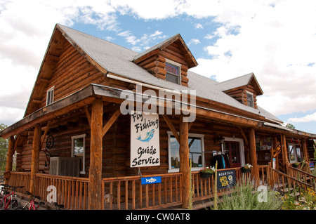 USA, Utah, in Escalante the Escalante Outfitters has a restaurant, guided trips, outdoor gear, and lodging. - Stock Image
