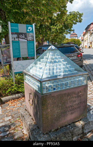 Porcelain display outside the Museum in Schlüsselfeld, Franconia, Bavaria, Germany. - Stock Image