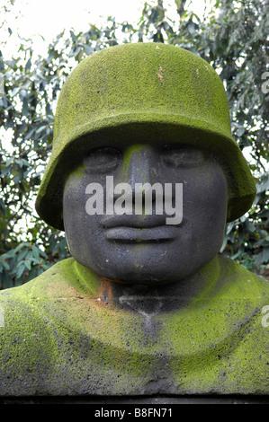 german soldier jupp rubsam sculpture stone statue 1928 dusseldorf war memorial - Stock Image