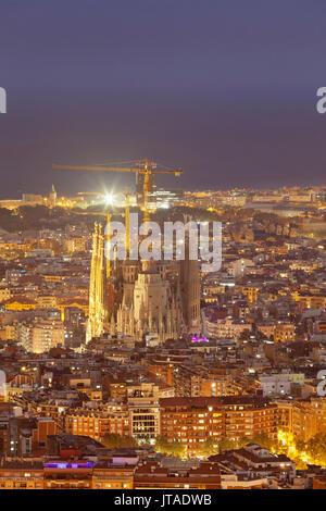 Barcelona skyline with Sagrada Familia, by architect Antonio Gaudi, UNESCO, Barcelona, Catalonia, Spain, Europe - Stock Image