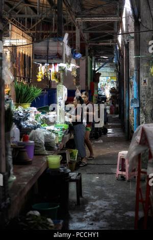 Thailand backstreet indoor market - Stock Image