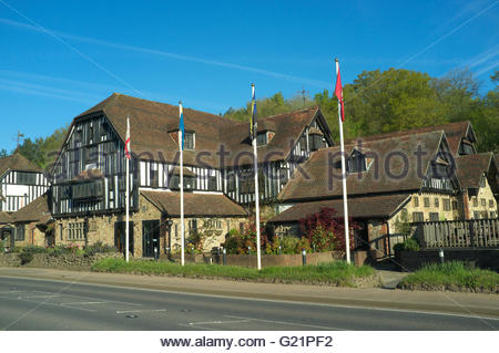 The Grasshopper Inn,  at Moorhouse on the A25 road near Westerham, Kent, UK. - Stock Image